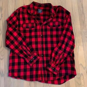 Men's flannel button up